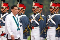 新冠肺炎疫苗尚未核准 菲律賓內閣官員已接種