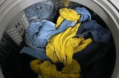 洗衣機放「神奇洗衣球」防纏繞一打開傻眼 達人分享2東西才有用