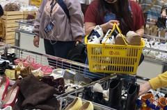 「買到男友眼神死」SOGO流行女鞋特賣599起鞋控狂掃貨