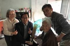 影/陳水扁到崑濱伯靈前上香致意 回憶當年拜訪「吃2碗飯」