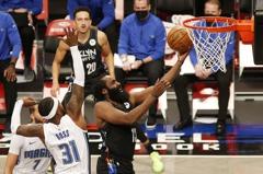 NBA/雙星閃耀拆穿魔術 籃網寫意笑納8連勝