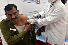 印度第二階段疫苗接種開始 總理莫迪施打第一劑
