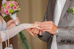 老婆嫌爸媽難相處出國3年未歸 建商少東訴請離婚獲准!
