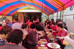 企業家購屋當關懷據點 號召志工提供共餐服務