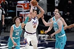 NBA/約柯奇榮登金塊雙十王 穆湯波:紀錄就是拿來破的