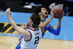 NCAA/岡薩加絕殺UCLA 越南版林書豪29分仍惜敗