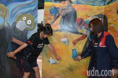 台南跨校創作好精彩! 世界名畫、門神成3D防疫彩繪