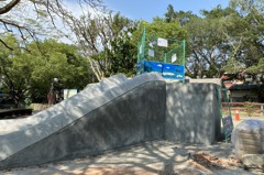 南投中山公園溜滑梯像墓園 縣府拆除重新設計