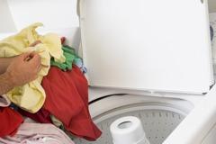 她不爽男友家人要他出2萬買洗衣機 網友:使用者付費很難?