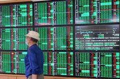 台股止跌 台指期上漲179點或1.0%、收16,944點