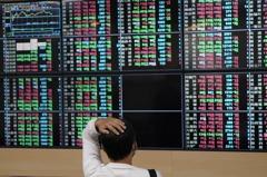 萬七得而復失台股收跌90.34點 三大法人賣超188.56億