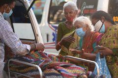 印度日增41萬人染疫 第2波疫情從都市擴至偏鄉