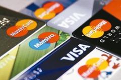 報復性消費?國人3月刷卡2,632億元 創歷年同期新高