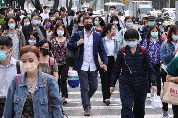 疫情升溫 6部會說明會考、大眾運輸等防疫策略