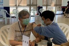 加強防疫支持接種疫苗 港務公司董總率隊施打