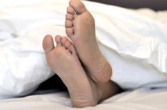 房東太太敲兩下闖入看房!男大生裸睡驚醒 大嘆「租房仔的悲歌」