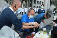 母親節台中慈濟醫院戶外浴佛 防疫中祝禱疫情消弭