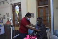 印度等地疫情嚴峻 大陸氧氣機從過剩變供不應求
