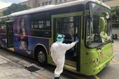 北市高級救護隊支援防疫巴士 基層憂排擠救護能量