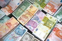 全球市場觀測站/短天期高收債 吸睛