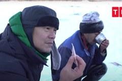名廚江振誠探訪極點嘗凍魚 像吃鹹魚做的冰凍棒棒糖