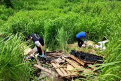 警查獲八軍團營區旁遭偷倒整車垃圾 軍方指土地非軍有