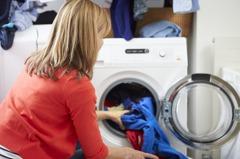 房客將這一物丟進洗衣機和內衣褲共洗 眾人直呼:太噁心