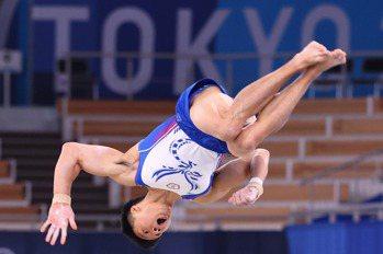 體操/單槓失手無緣決賽 唐嘉鴻預約巴黎雪恥