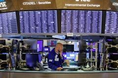 通貨再膨脹行情逆轉 避險基金踢到鐵板