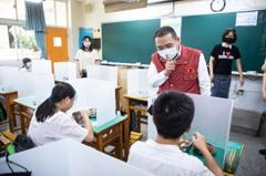 新北17萬國高中生 BNT疫苗統一入校集中打