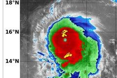 璨樹颱風眼出現這特徵 鄭明典:逼近最強等級強烈颱風