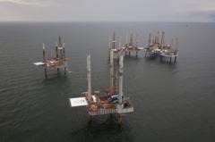 颶風衝擊 美國墨西哥灣區近八成油、氣產能依然停擺