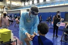 終於來了!金門75歲長者莫德納疫苗第二劑9/24開打