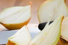 「蔬菜皇后」洋蔥可防骨鬆? 科學證實:想延緩或抑制骨質做好8件事!
