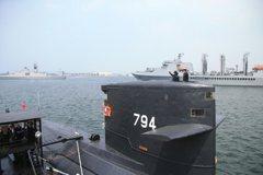 海虎潛艦如何接收目標並發射魚叉 專家說給你聽