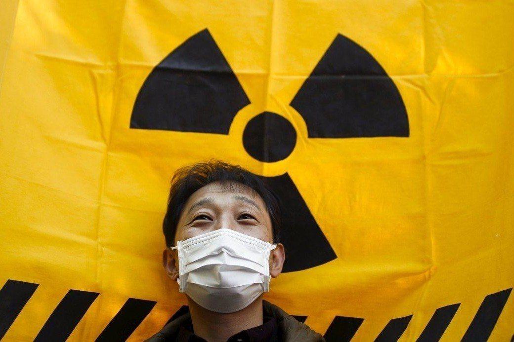 背叛被爆者:日本的核廢決選擇
