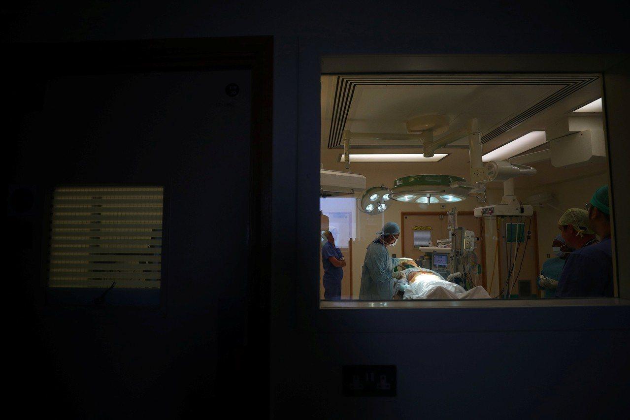 安樂死:我們可以決定自己的死亡嗎?