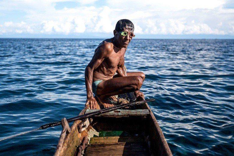 最後一支海洋游牧民族:評紀錄片《大師:水下人生》