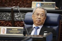 施打疫苗救經濟 馬來西亞首相率先接種