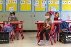 拜登想4月底前重開校園 美教師工會憂染疫反對