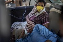 印度新冠疫情失控!超級富豪搭乘私人飛機「逃往」英國
