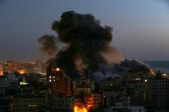 以色列炸毀加薩走廊13層大樓 哈瑪斯回擊射210枚火箭