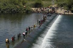 海地上萬難民抵德州 拜登下令驅逐