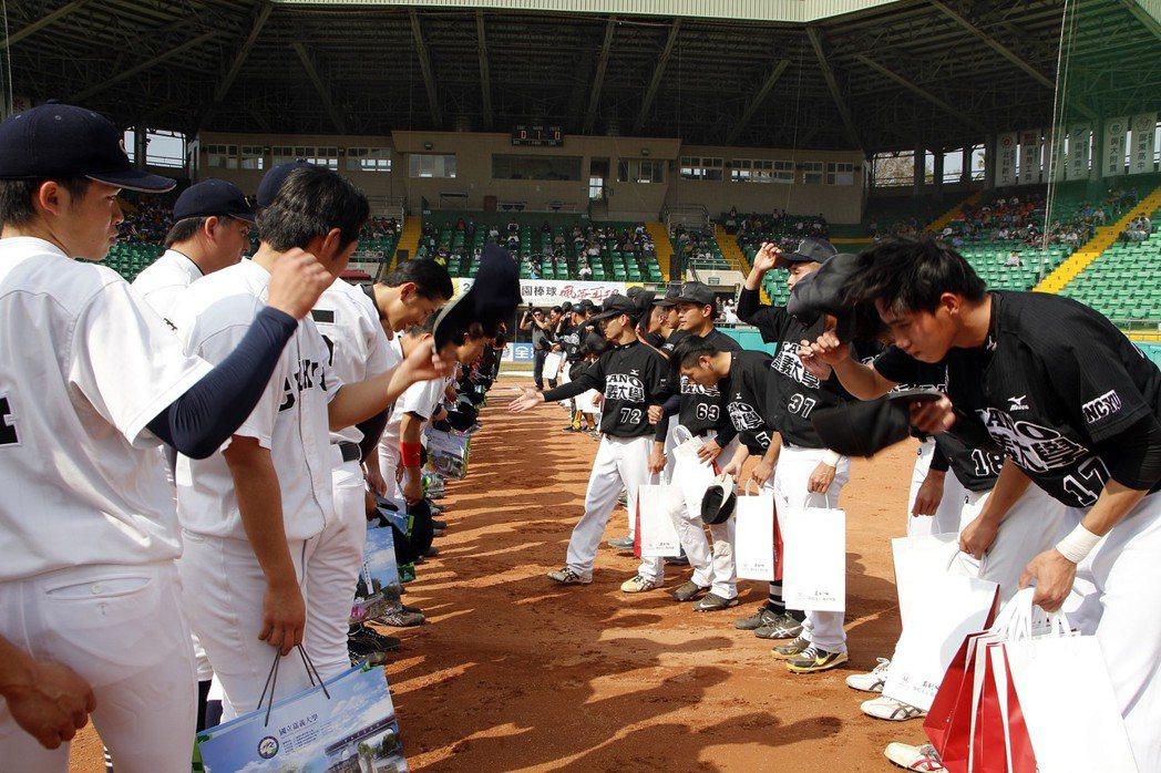 延續KANO精神 甲子園棒球風華再現邀請賽登場   地方   即時
