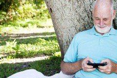 銀網族的需求:從老人手機談起