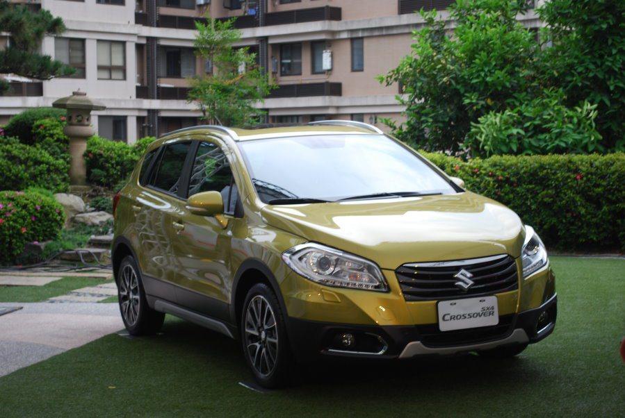 圖為現行 Suzuki SX4 Crossover 頂級GLX車型限定車色。 報系資料照