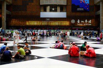 台北車站為何沒有變成微風廣場?