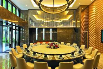 宴會廳的座椅及沙發全都是B&B Italia製品。 攝影/張世雅 圖片提供/...