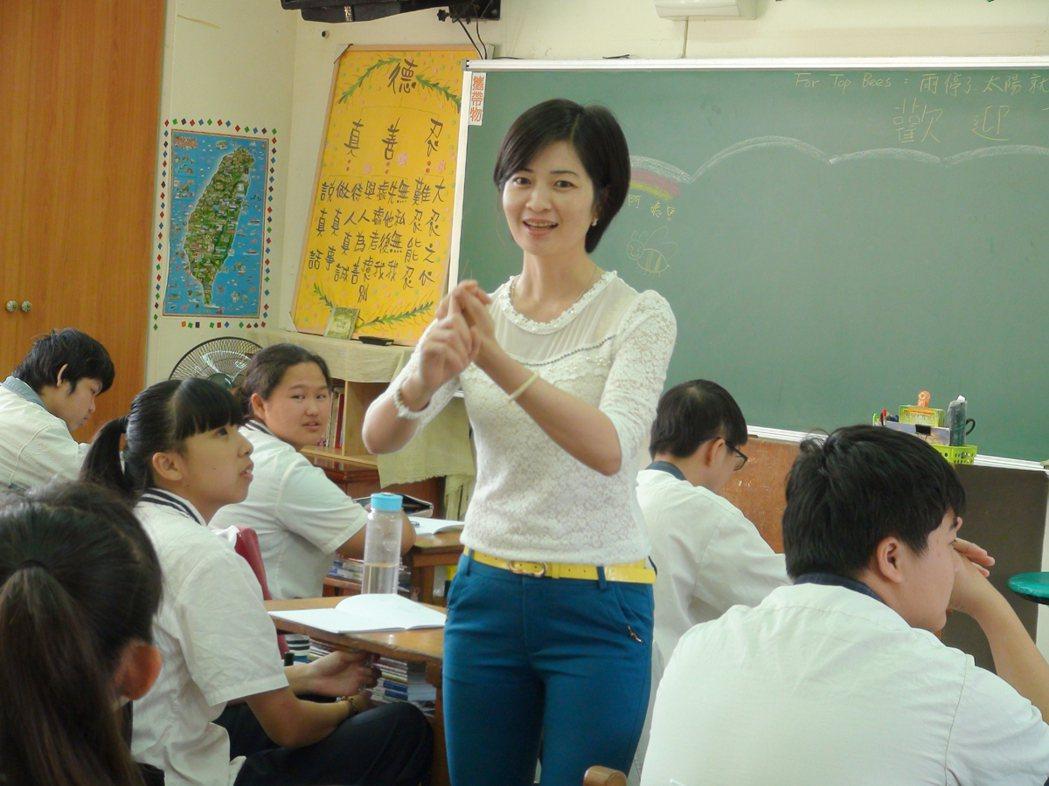 來自越南的阮金紅走出家暴,成為台灣首位新住民導演。 記者陳雅玲╱攝影