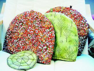景阿姨縫製的保溫套。(圖/劼寶媽)